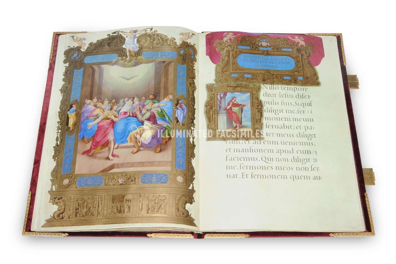 ILLUMINATED FACSIMILES®, Franco Cosimo Panini Editore – Lezionario Farnese – photo 01, copyright Illuminated Facsimiles